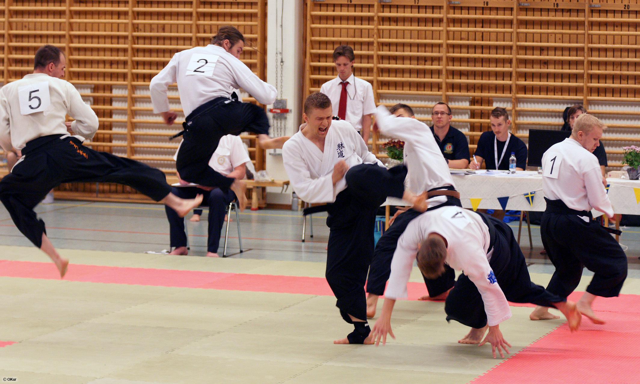 Jussi Loonen ja vyökoesuoritus